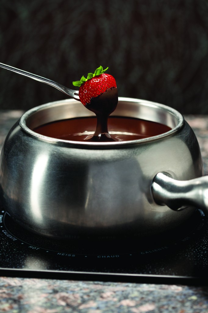 Chocolate-Fondue-Strawberry-2