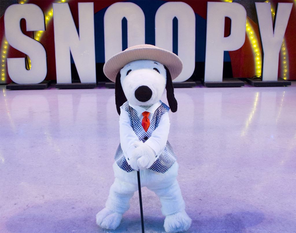 Blockbuster Beagle! Snoopy On Ice