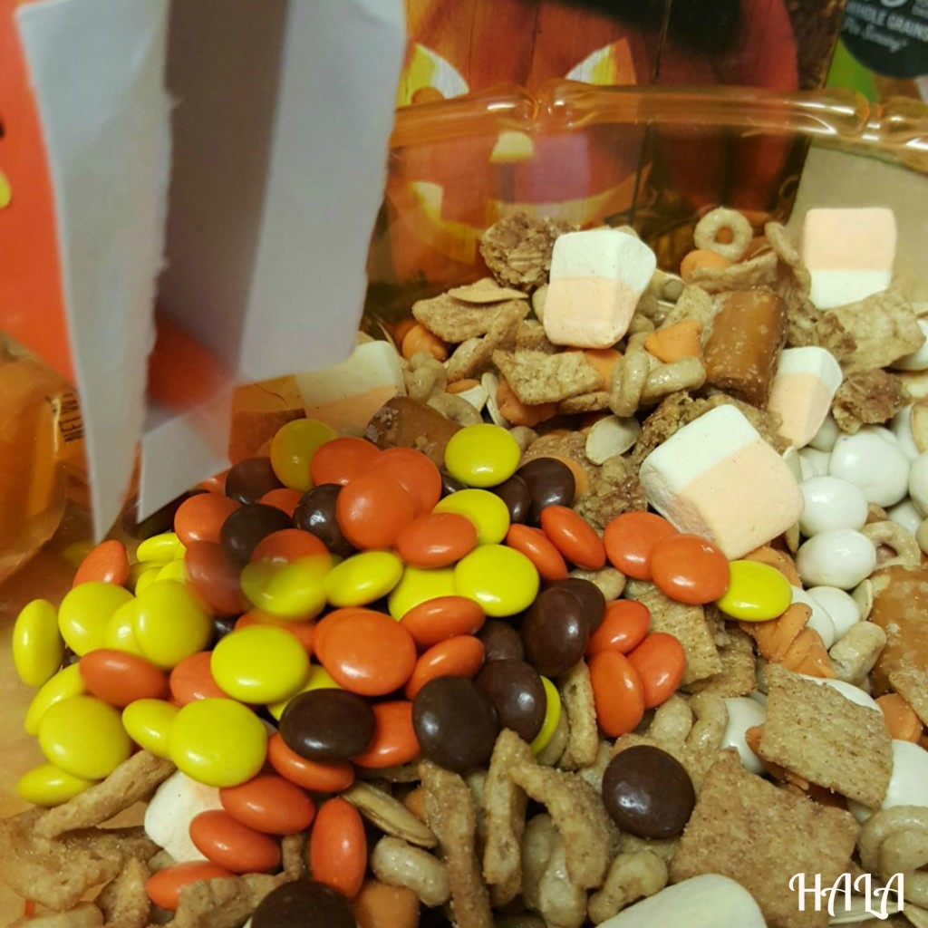 GM-Reeses-Pieces-Trail-Mix