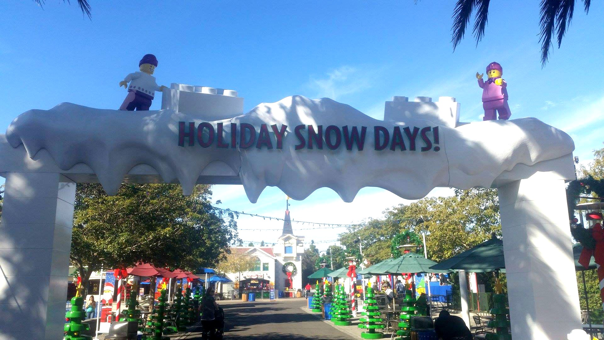 Holiday-Snow-Days-Legoland