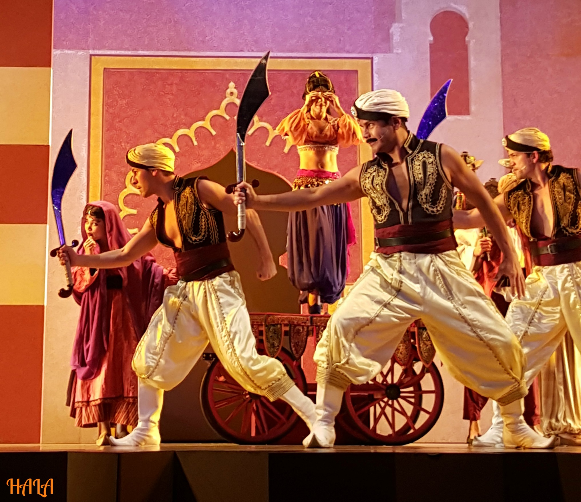 Aladdin-Market-Theater-Disney-CA