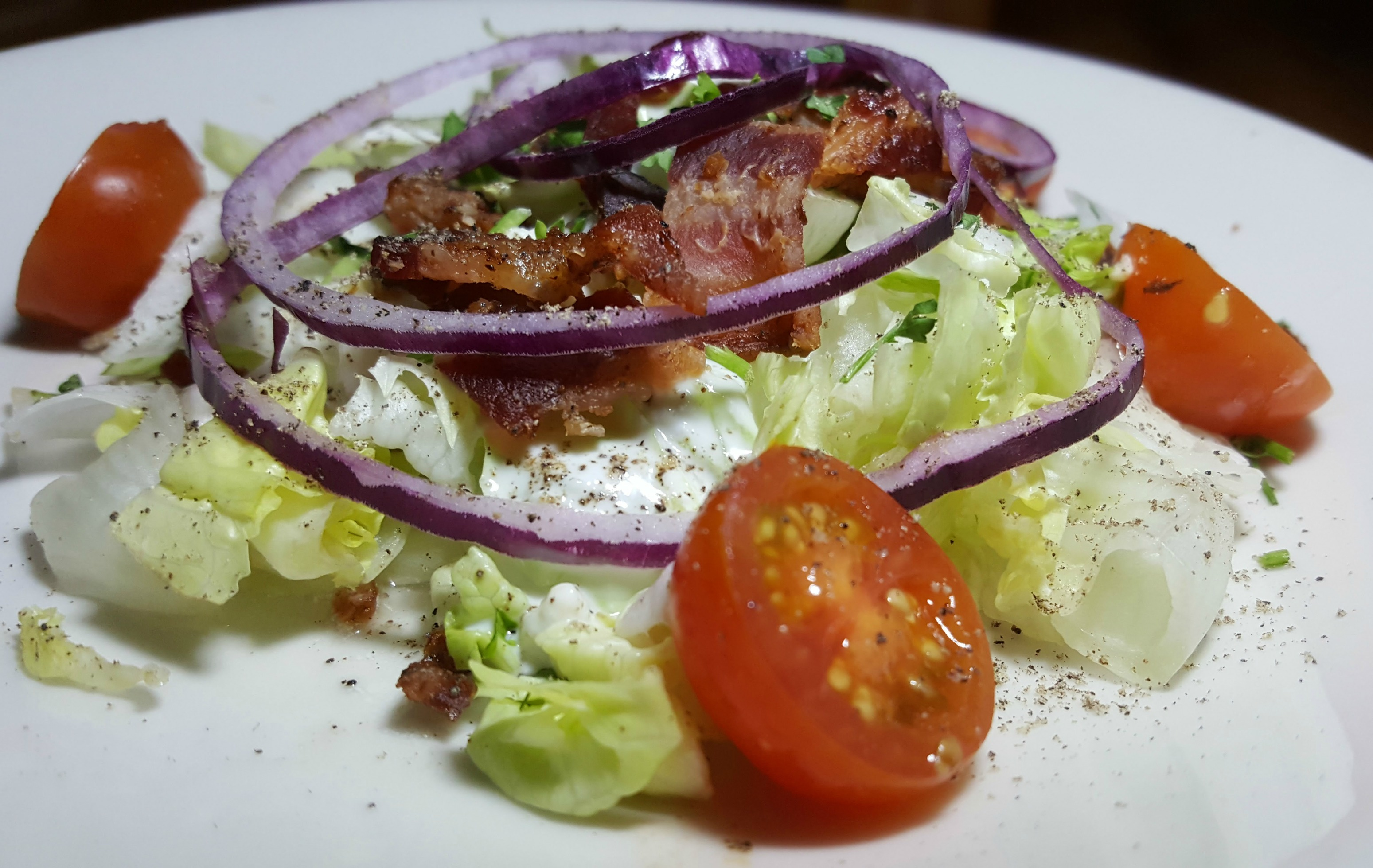 wedge-salad-salt-creek-grille