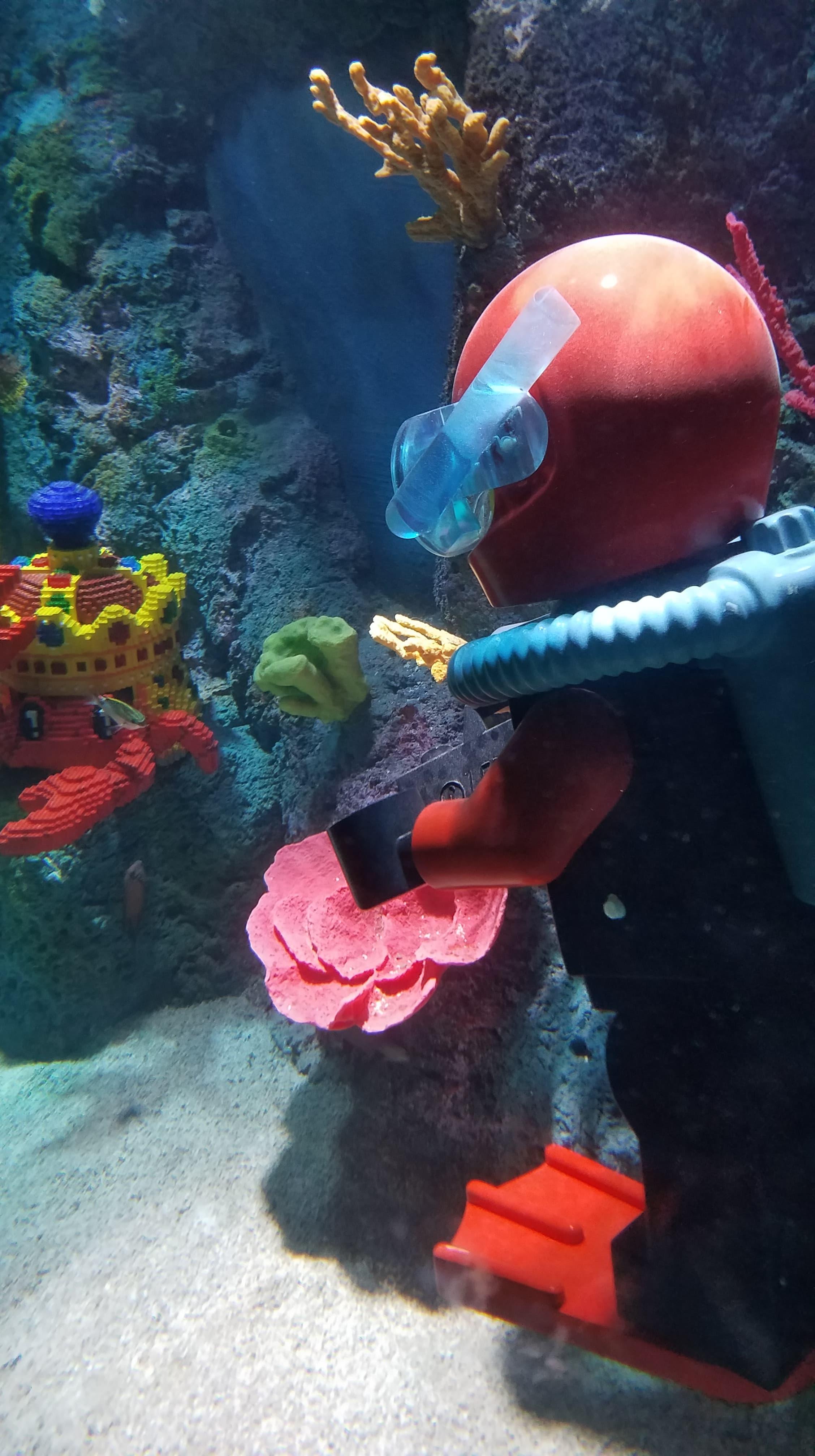 Lego City: Deep Sea Adventure Submarine Ride Takes its ...